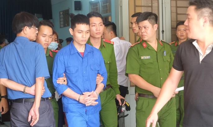Cựu thiếu úy tạt axit vợ sắp cưới lãnh án 6 năm tù - Ảnh 1.