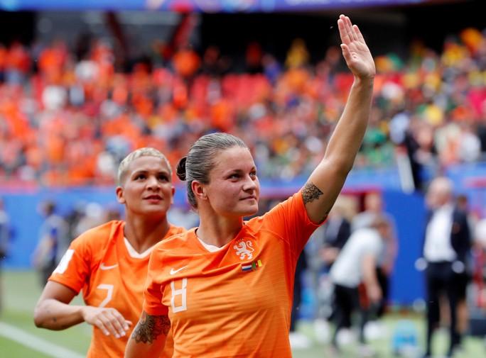 Hà Lan mạnh mẽ và kinh nghiệm - Ảnh 1.