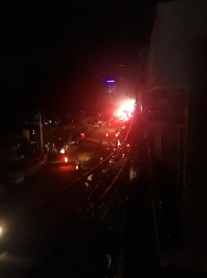 Đà Nẵng: Cháy trạm biến áp, khu vực Sơn Trà bị mất điện suốt 9 giờ liền - Ảnh 1.