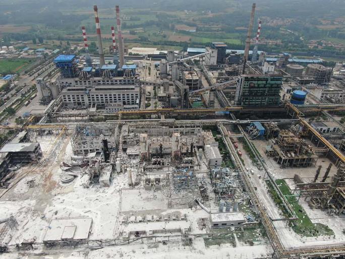 Vừa áp dụng biện pháp an toàn, nhà máy nổ banh giết 12 người - Ảnh 2.