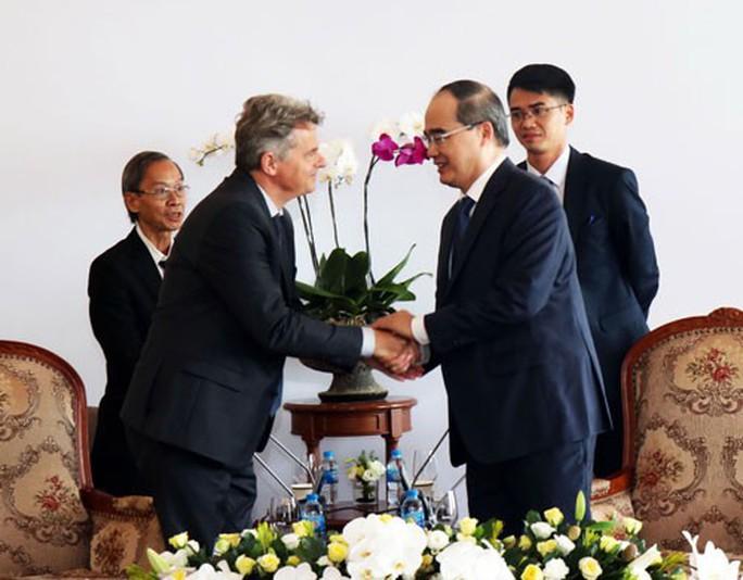 Ủng hộ Đảng Cộng sản Pháp vinh danh Chủ tịch Hồ Chí Minh - Ảnh 1.