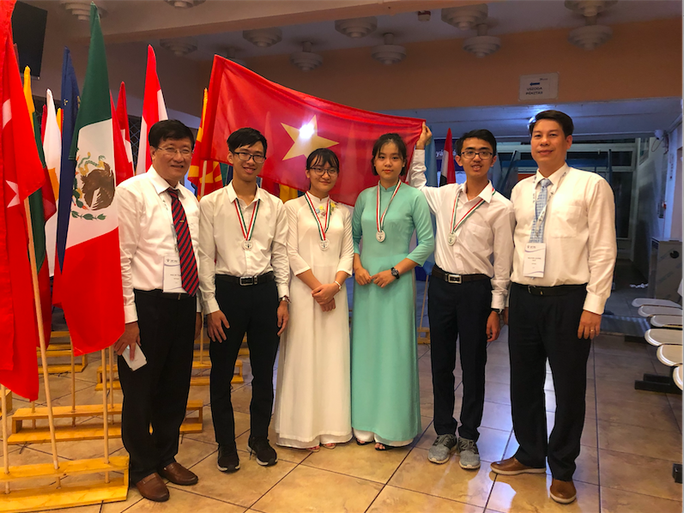 Cả 4 thí sinh Việt Nam đều đoạt giải tại Olympic Sinh học quốc tế 2019 - Ảnh 2.