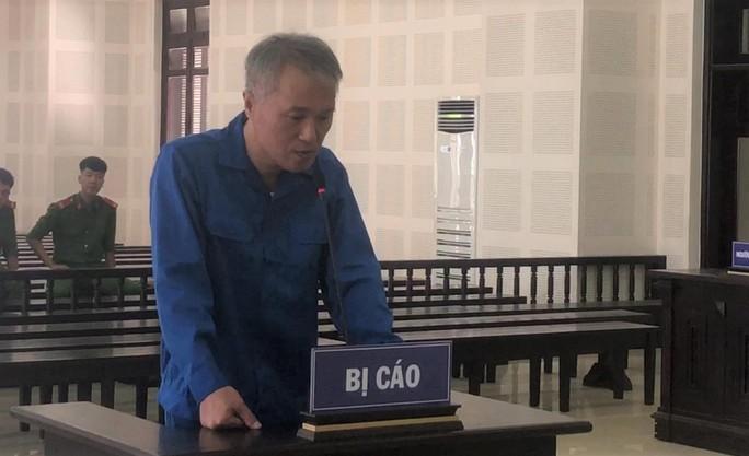 Người đàn ông Hàn Quốc cướp xe taxi ở Đà Nẵng lãnh 14 năm tù - Ảnh 1.