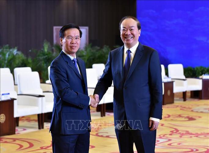 Trưởng ban Tuyên giáo Trung ương Võ Văn Thưởng đề nghị Trung Quốc tôn trọng chủ quyền của Việt Nam trên biển - Ảnh 1.