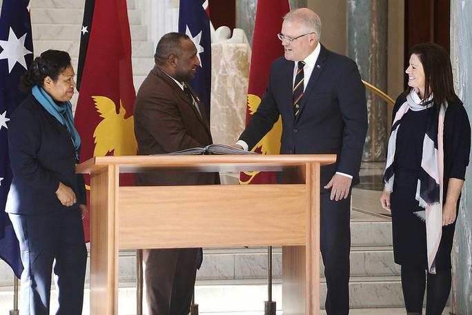 Đến Úc, Thủ tướng Papua New Guinea khuyên đừng nhắc về Trung Quốc - Ảnh 1.