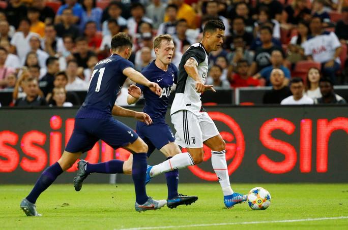 ICC 2019: Harry Kane lập siêu phẩm, đè bẹp Ronaldo và Juventus - Ảnh 3.