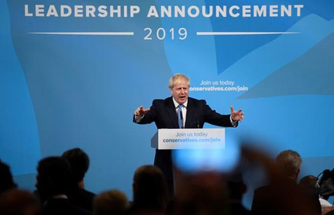 Thách thức bủa vây tân Thủ tướng Anh - Ảnh 1.