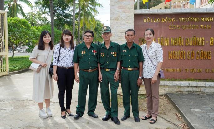 Hành trình đặc biệt tới Hà Nội của cựu tù Côn Đảo và thương binh chiến trường Campuchia - Ảnh 3.