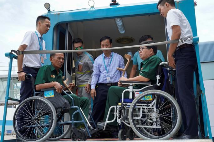 Hành trình đặc biệt tới Hà Nội của cựu tù Côn Đảo và thương binh chiến trường Campuchia - Ảnh 19.