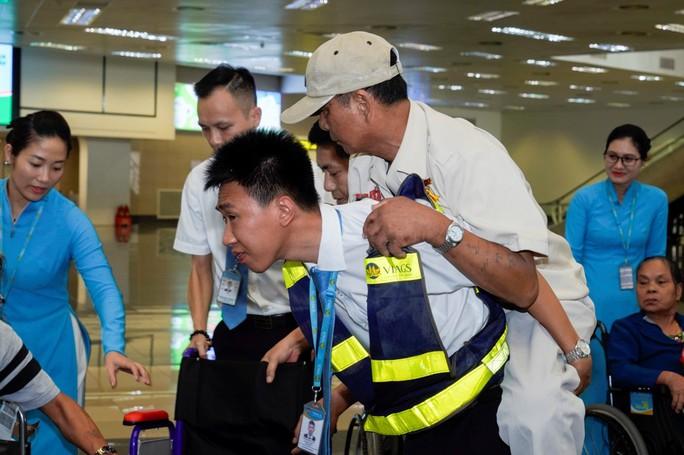 Hành trình đặc biệt tới Hà Nội của cựu tù Côn Đảo và thương binh chiến trường Campuchia - Ảnh 22.