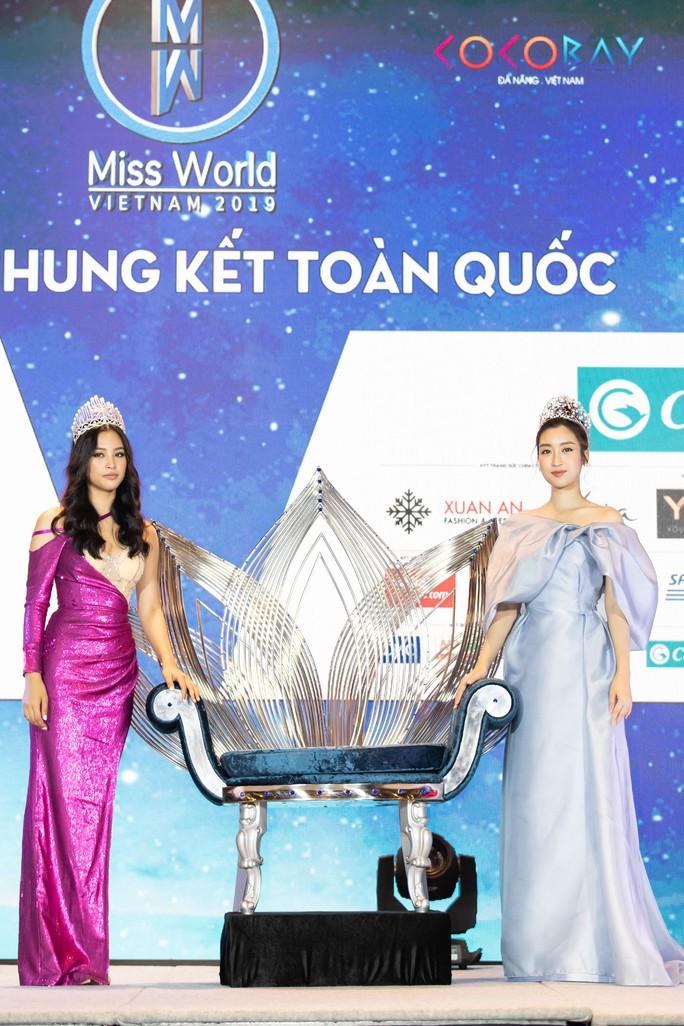 Vương miện tân Hoa hậu Thế giới Việt Nam 2019 trị giá 3 tỉ đồng - Ảnh 2.