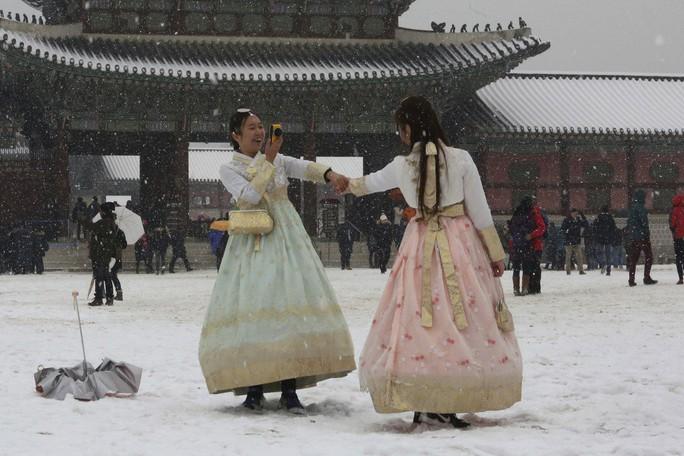 """Hàn Quốc """"đau đầu"""" với phong trào phụ nữ không kết hôn - Ảnh 1."""