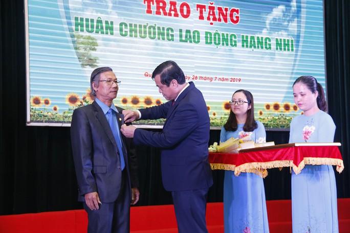 QUẢNG NAM: 7 cá nhân được trao tặng giải thưởng Huỳnh Ngọc Huệ - Ảnh 3.