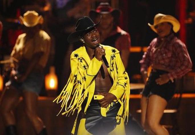 Nam ca sĩ - nhạc sĩ Lil Nas X bị tố ăn cắp nhạc - Ảnh 1.