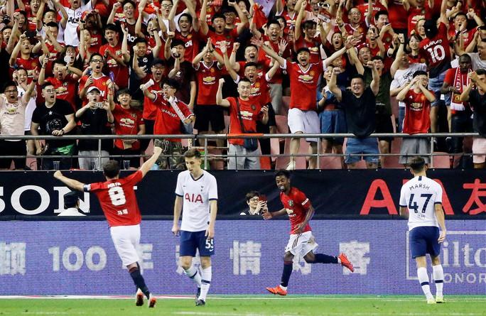 Man United đấu võ đài, hạ gục Tottenham ở Thượng Hải - Ảnh 7.