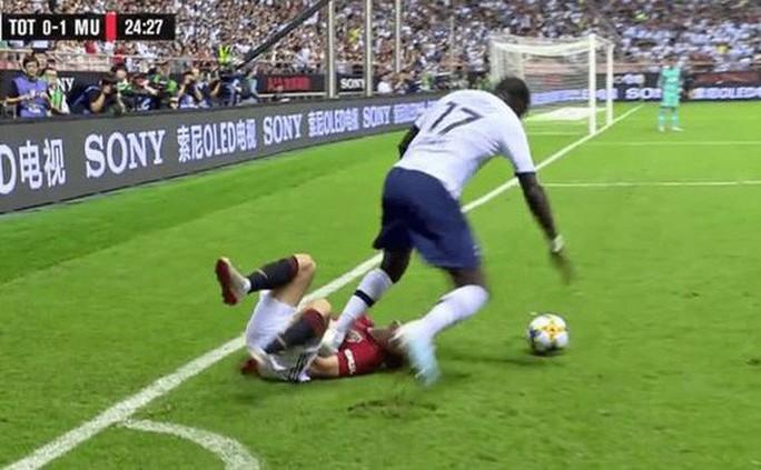 Man United đấu võ đài, hạ gục Tottenham ở Thượng Hải - Ảnh 2.