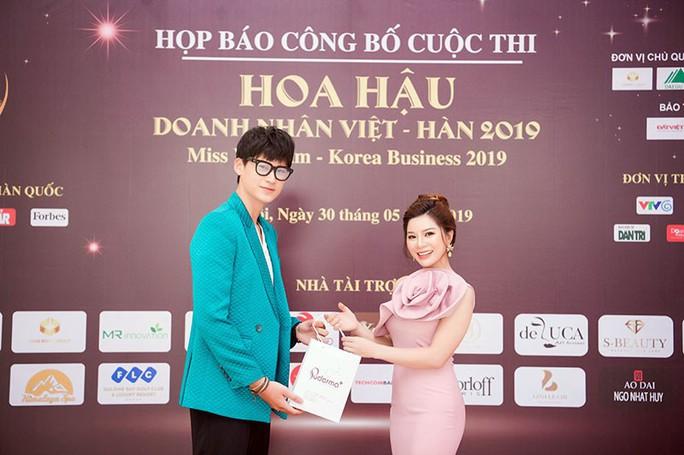 Dừng Gala gặp gỡ hoa hậu và nữ doanh nhân Việt - Hàn - Ảnh 3.