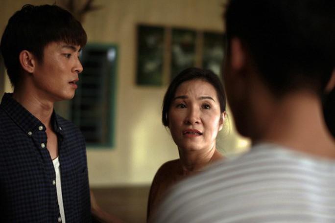 Hồng Đào: Mẹ thương con không phân biệt giới tính - Ảnh 4.