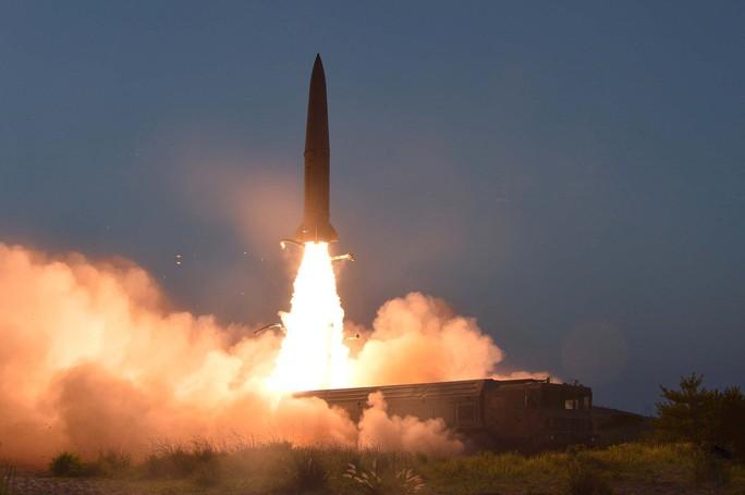 Thử tên lửa, Triều Tiên gửi thông điệp đến Mỹ - Hàn - Ảnh 1.