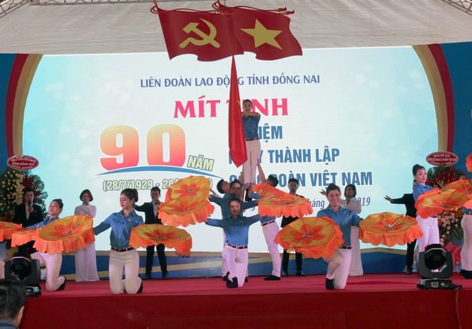 ĐỒNG NAI: Xây dựng tổ chức Công đoàn vững mạnh, vì người lao động - Ảnh 2.
