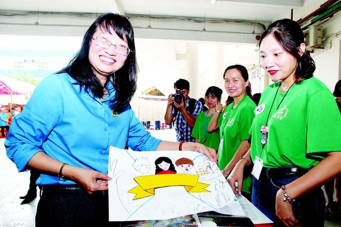 Chủ tịch LĐLĐ TP HCM Trần Thị Diệu Thúy: Hoạt động Công đoàn phải truyền cảm hứng - Ảnh 1.