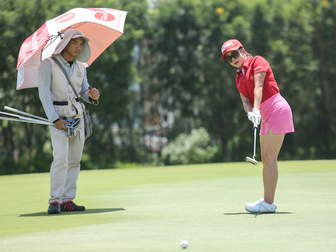 230 triệu đồng giúp người nghèo tại Giải Golf BM & Partners Championship lần thứ I - Ảnh 1.