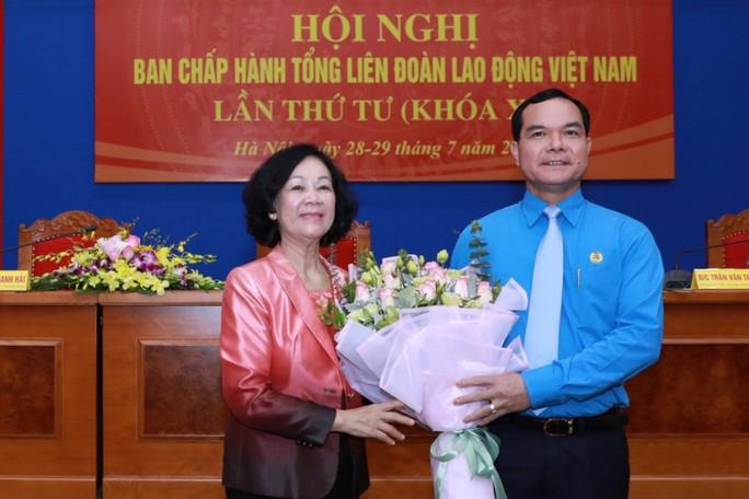 Chủ tịch Tổng LĐLĐ Việt Nam Nguyễn Đình Khang: Đem hết sức mình phục vụ giai cấp công nhân và người lao động - Ảnh 3.