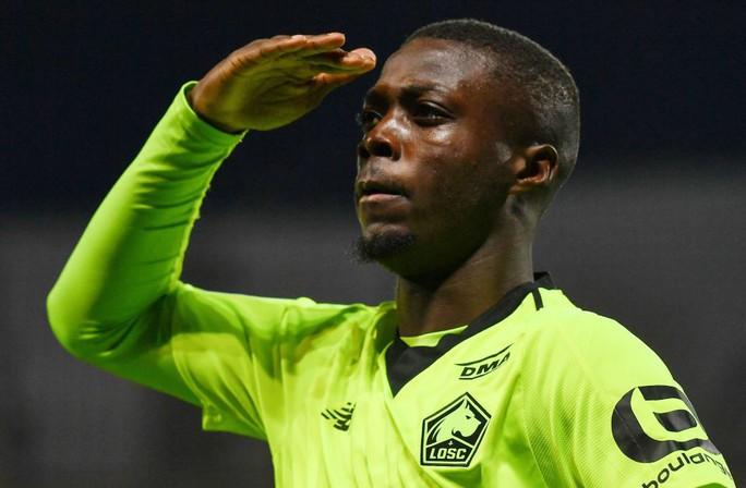 Sốc: Thủ môn nghiệp dư thành sao tiền vệ 72 triệu bảng ở Arsenal - Ảnh 3.