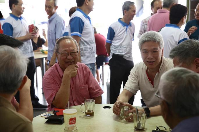 Em trai Thủ tướng Singapore ủng hộ phe đối lập chống anh trước bầu cử - Ảnh 1.