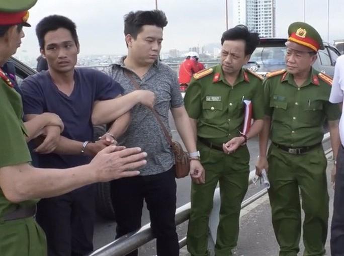 Khởi tố và bắt giam người cha giết con vứt xác xuống sông Hàn gây rúng động ở Đà Nẵng - Ảnh 1.