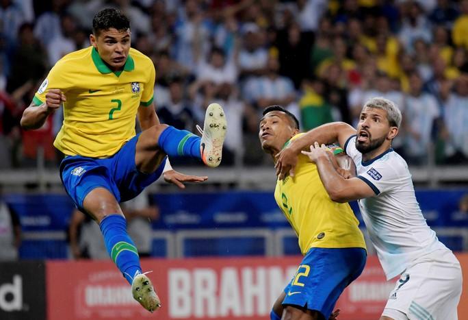 Quật ngã á quân Argentina, Brazil vào chung kết Copa America - Ảnh 6.