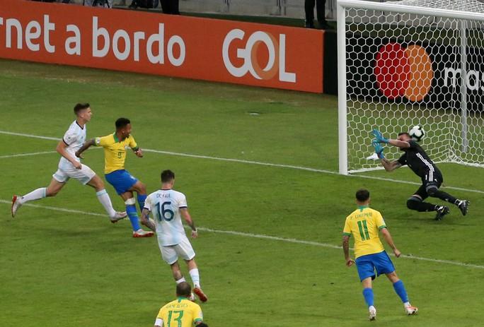 Quật ngã á quân Argentina, Brazil vào chung kết Copa America - Ảnh 3.