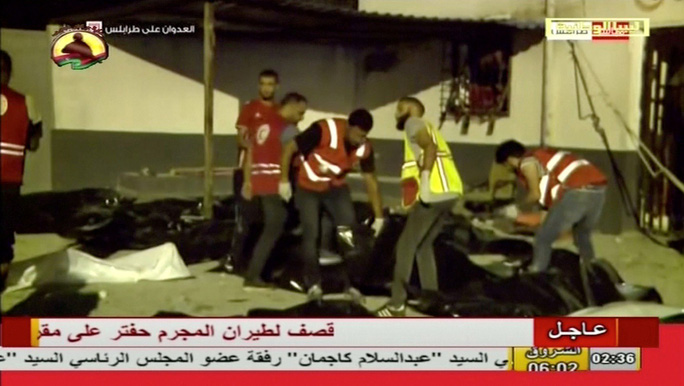 Không kích ở Libya, hơn 120 người thương vong - Ảnh 2.