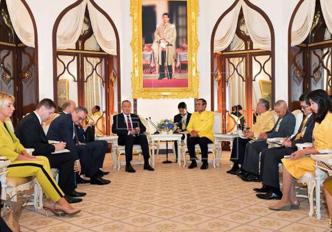 Thượng nghị sĩ Mỹ phản đối Trung Quốc, ASEAN bàn về biển Đông - Ảnh 1.