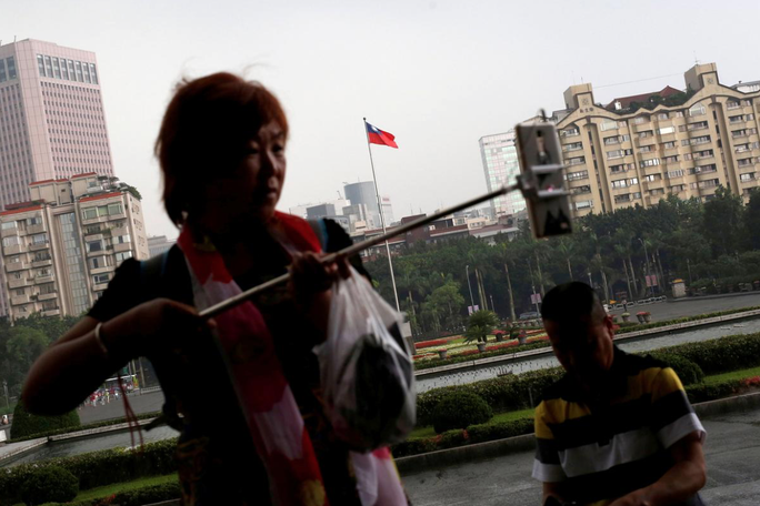 Trung Quốc ngăn công dân một mình đến Đài Loan - Ảnh 1.