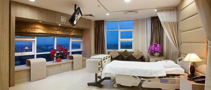 Phòng bệnh 4 triệu đồng ở bệnh viện công: Dân thường ai chịu nổi - Ảnh 1.