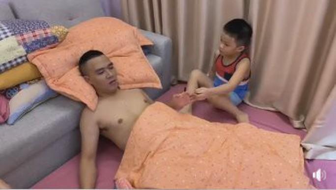 Dân mạng lùng sục tìm clip nóng của MC Hoàng Linh - Ảnh 2.
