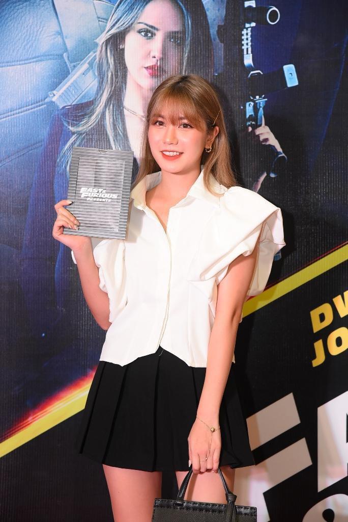 Sao Việt đọ sắc tại buổi ra mắt phim bom tấn của The Rock - Ảnh 12.