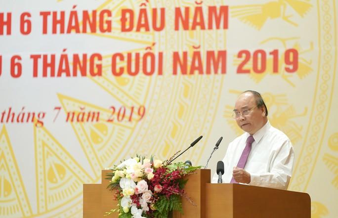 Thủ tướng: Không được để ảnh hưởng đến thị trường xuất khẩu lớn của Việt Nam - Ảnh 1.