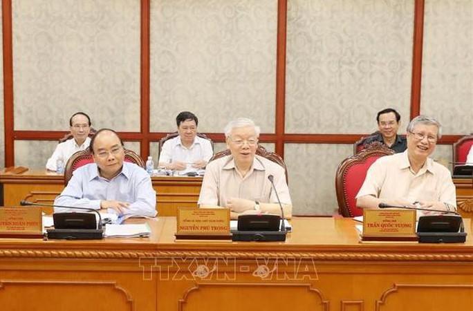 Tổng Bí thư, Chủ tịch nước Nguyễn Phú Trọng chủ trì họp Bộ Chính trị - Ảnh 1.