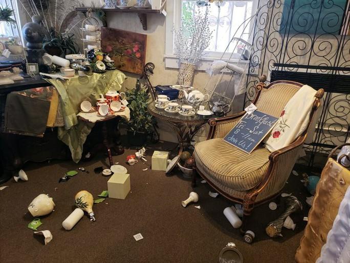 Thêm động đất mạnh cấp độ 6,9 và 1.700 dư chấn ở bang California - Ảnh 5.
