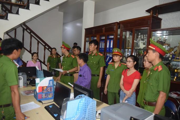 Phá chuyên án hợp thức hóa cát lậu cực lớn tại Thừa Thiên - Huế - Ảnh 2.