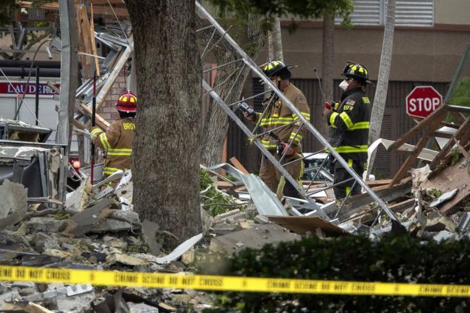 Mỹ: Nổ kinh hoàng tại trung tâm thương mại, 21 người bị thương - Ảnh 3.