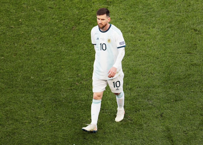 Messi dính thẻ đỏ oan ức, Copa America dậy sóng trận tranh HCĐ - Ảnh 6.