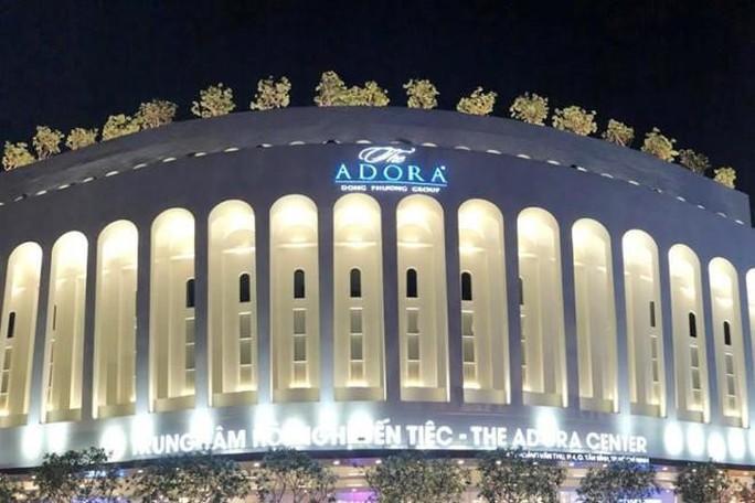 Phản hồi của Trung tâm tiệc cưới The Adora Center khiến nhiều người bị ngộ độc - Ảnh 1.