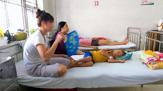 Căng mình chống dịch sốt xuất huyết - Ảnh 1.