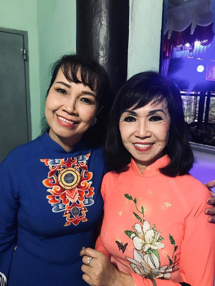 Ca sĩ Trang Mỹ Dung: Hát để xoa dịu nỗi đau của người bất hạnh - Ảnh 4.