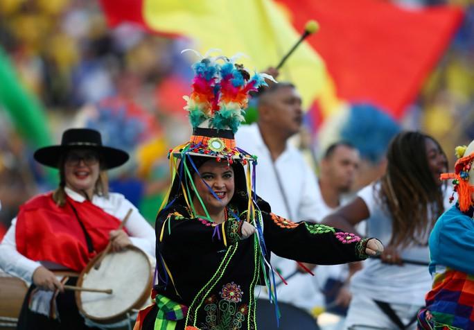 Thẻ đỏ, phạt đền, Brazil giành hết vinh quang Copa America - Ảnh 3.