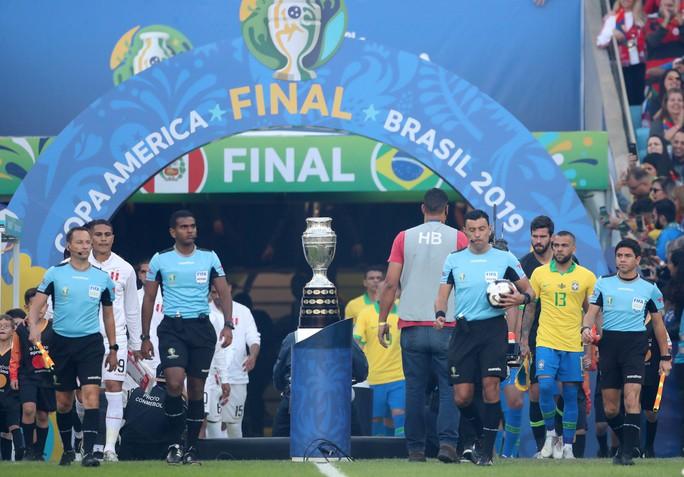 Thẻ đỏ, phạt đền, Brazil giành hết vinh quang Copa America - Ảnh 5.