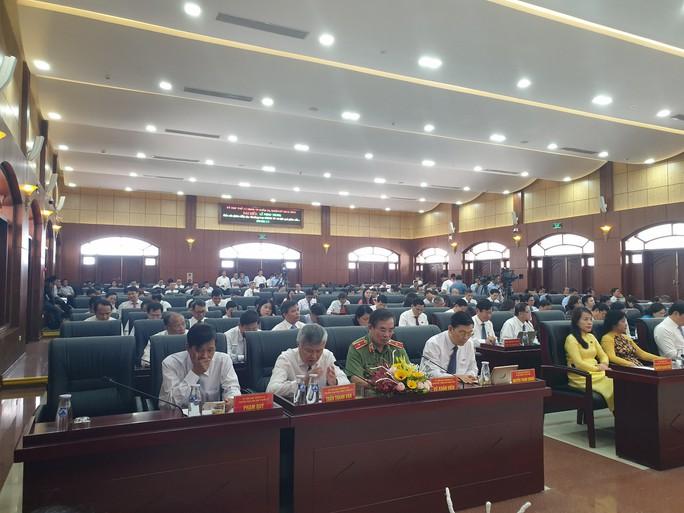 Chủ tịch HĐND Đà Nẵng: Cán bộ làm việc còn cầm chừng - Ảnh 2.